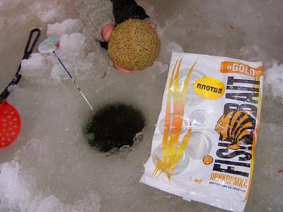 Прикормка для ловли плотвы зимой