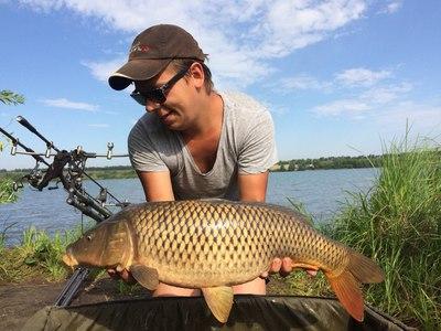 Рыбалка в Самаре: самые популярные реки области, платные базы региона